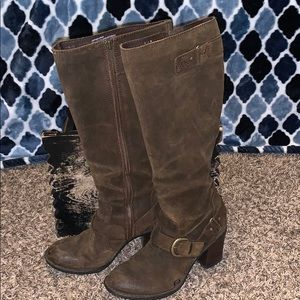 Women's Born brown leather boots size 7/38